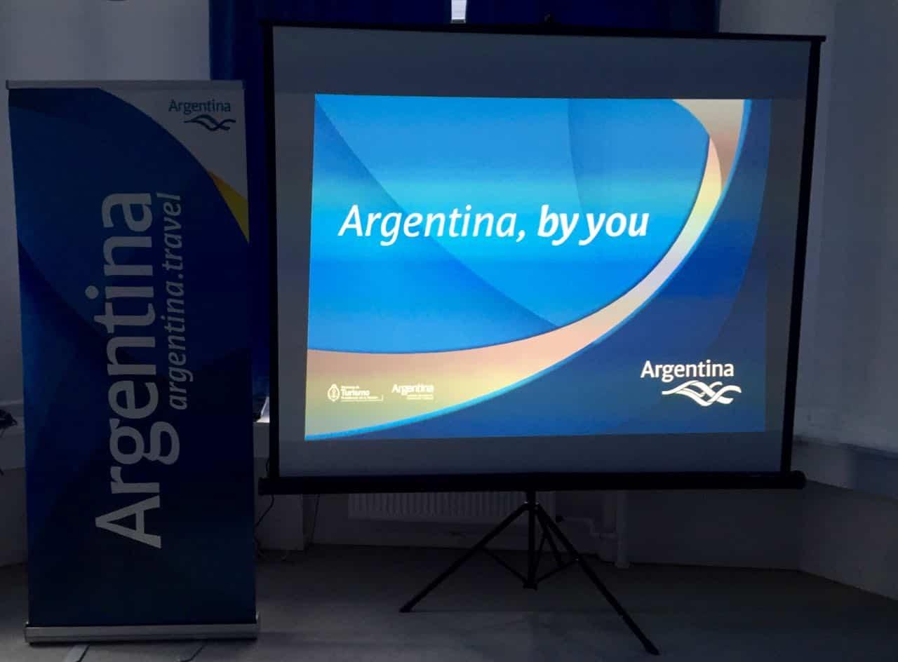 Invitation til den Argentinske ambassade