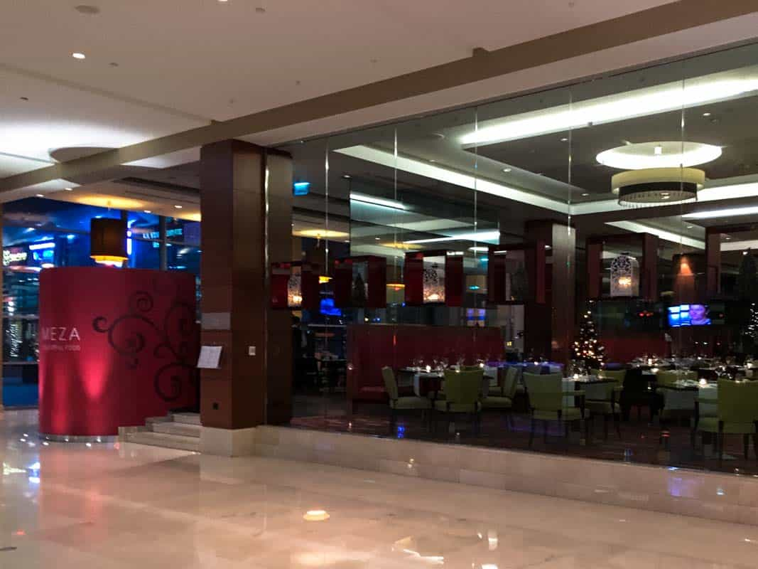 Nytårsmiddag Meza Restaurant på Hilton Warsaw - Warszawa, Polen