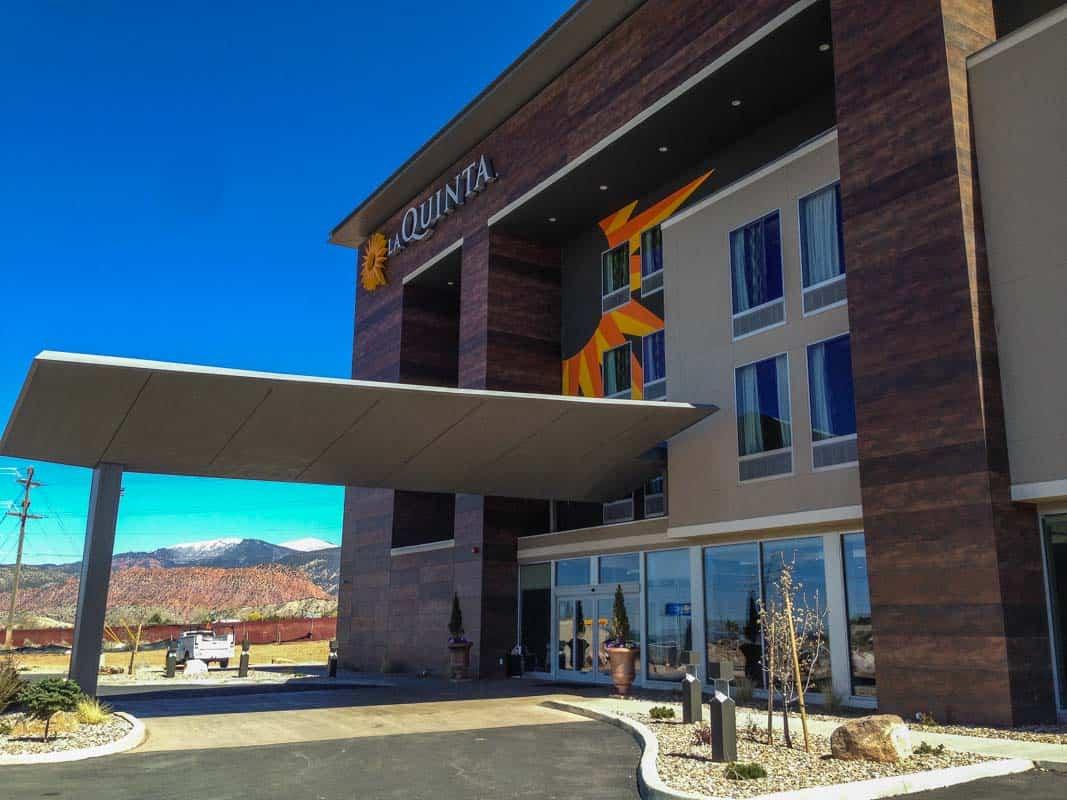 Anmeldelse af overnatningssteder - Road Trip Denver til Las Vegas, USA
