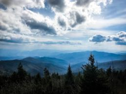 Great Smoky Mountains National Park med de disede bjerge - USA