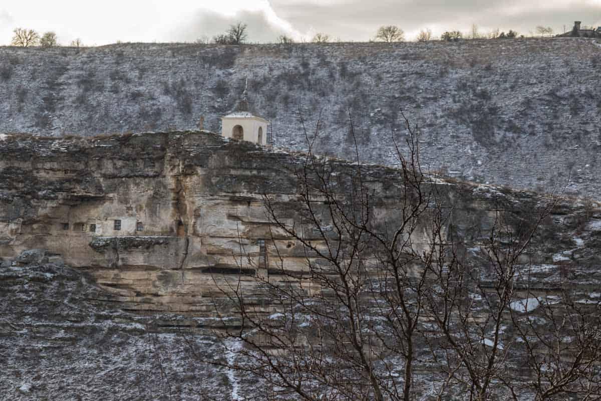 Klostre og kirker omgivet af smuk natur - MoldovaKlostre og kirker omgivet af smuk natur - Moldova