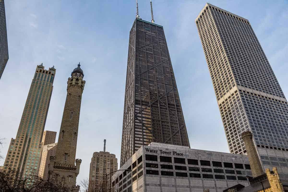 Magnificent Mile er en lang shoppinggade - Chicago, USA