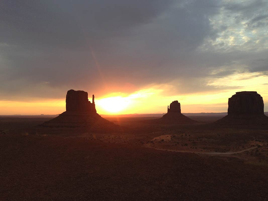 Monument Valley Navajo Tribal Park er som en westernfilm - Arizona, USA