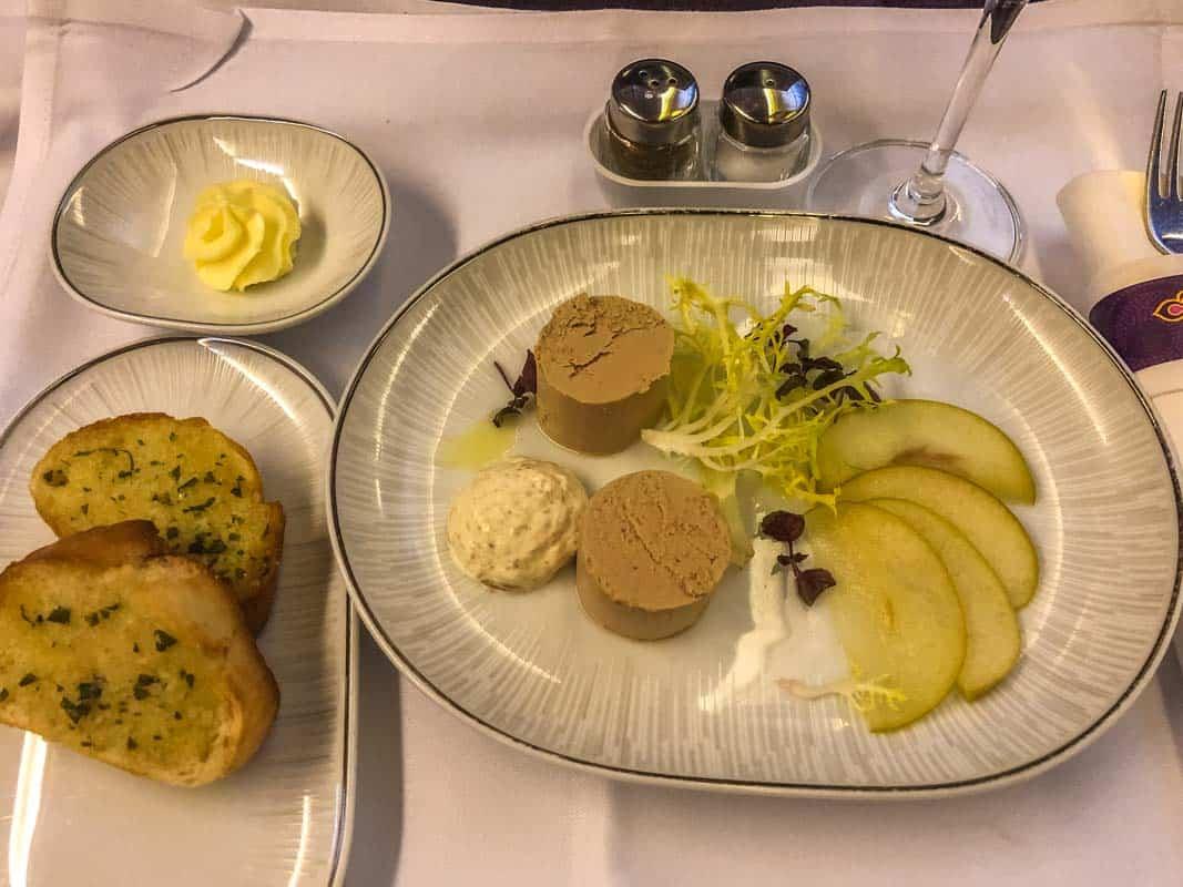 Anmeldelse af Royal Silk Class – Thai Airways